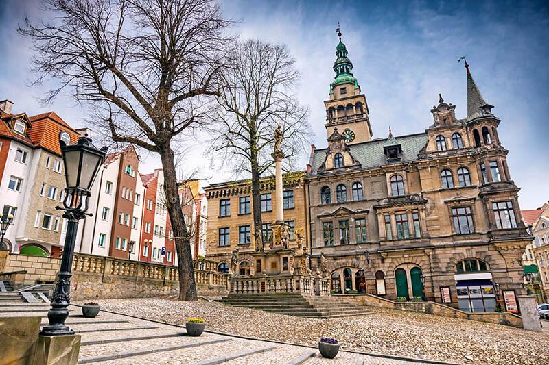 Latarnia na postumencie - stare miasto