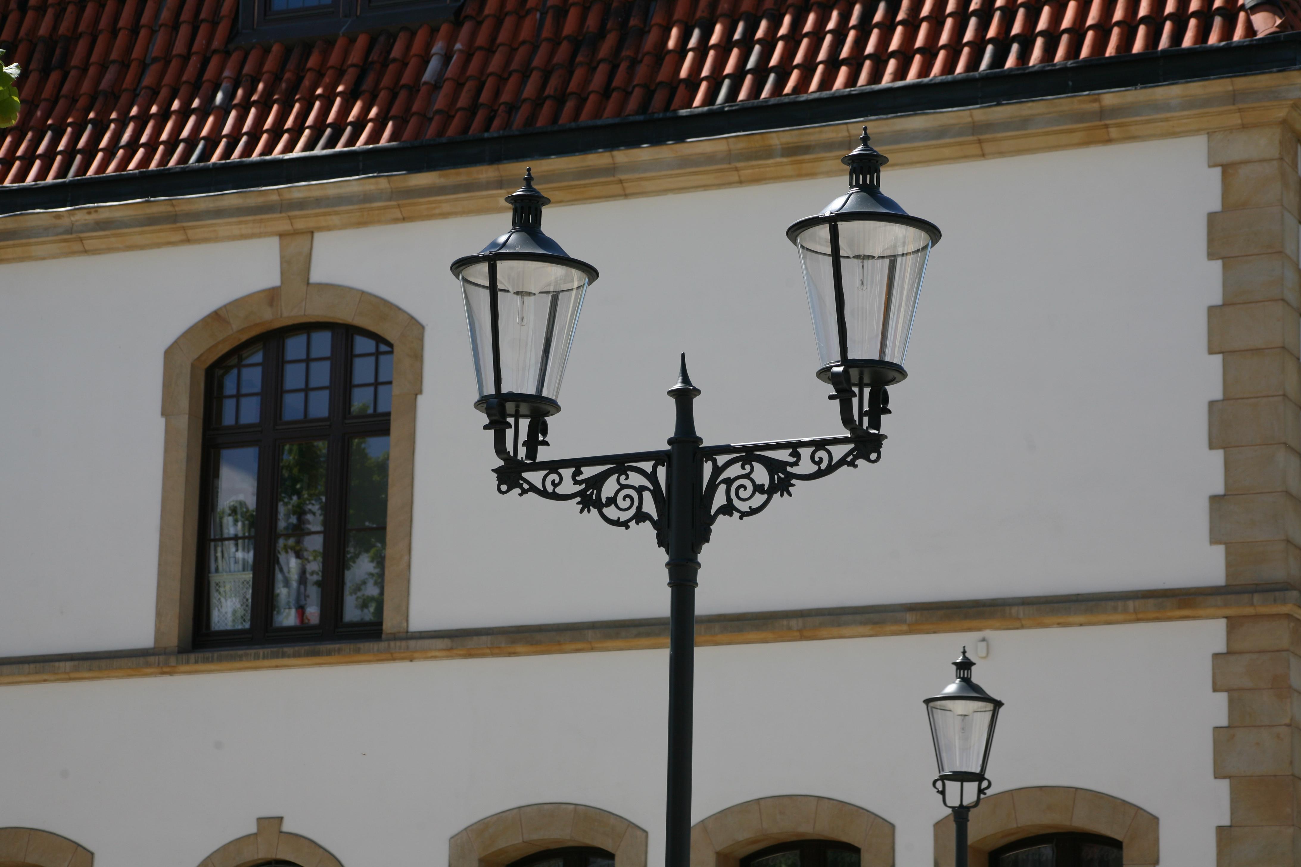 latarnia stylizowana. latarnia uliczna, latarnia LED